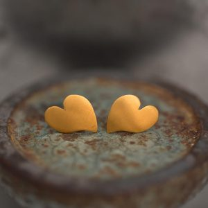 heart earrings corazon studs