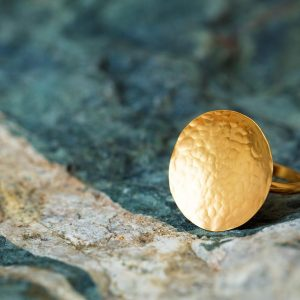 Gold hammered disk ring