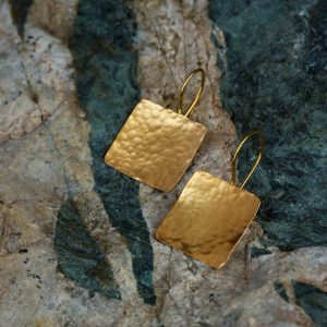 gold hammered square earrings